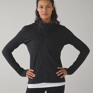 "Lululemon ""In A Cinch"" Reversible pullover. Size 4"